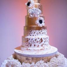 wedding-gold finish-wedding cake-the cake zone